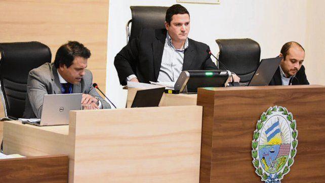 Estreno. Los concejales votaron por primera vez de forma electrónica.