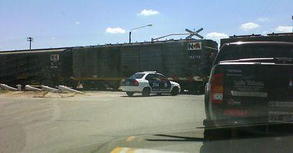 La policía sigue sin respetar las reglas de tránsito cuando deberían dar el ejemplo