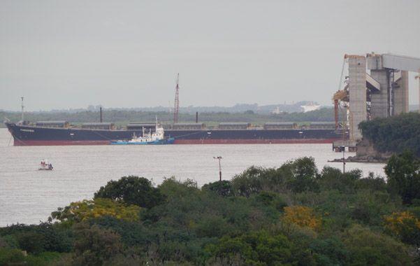 Coloso quieto. El imponente carguero Paraskevi