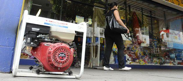 Generadores de energía y una postal repetida cada verano en muchoos sectores de la ciudad.