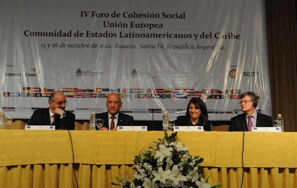 Bonfatti destacó el esfuerzo en legitimizar las instituciones.
