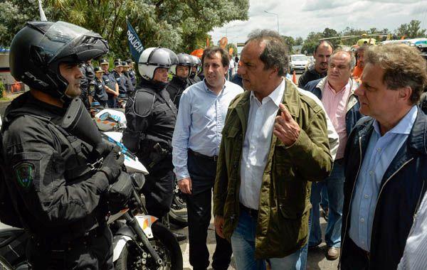 Scioli supervisó los controles viales en el ingreso a la ciudad de Mar del Plata