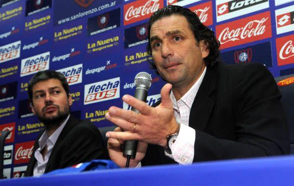 Pizzi firmó su contrato como nuevo DT de San Lorenzo