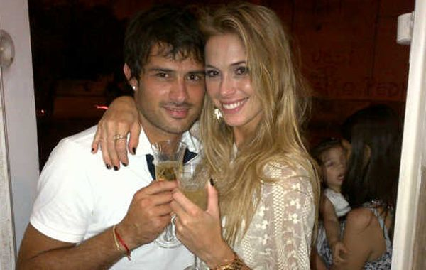 La modelo partió rumbo a Holanda hace menos de un mes para acompañar a su novio.