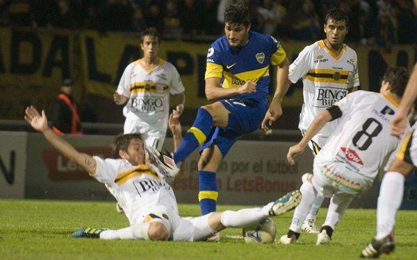Boca venció a Olimpo por penales y será rival de Central