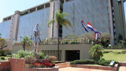 El Central de Paraguay, abarrotado de dólares