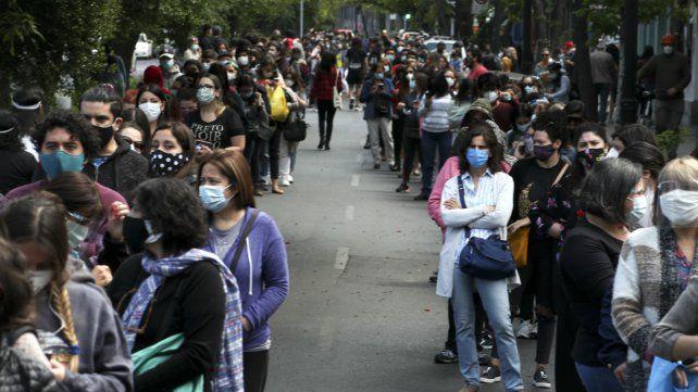 Chile vota en histórico plebiscito constitucional