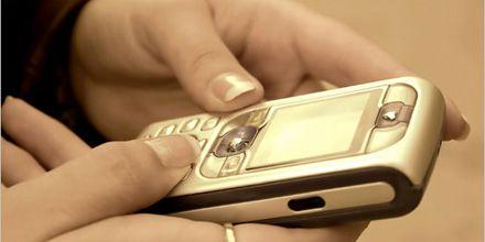 Denuncian acoso textual de empresas mediante SMS