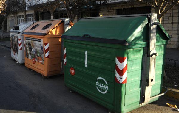 Los comerciantes no tienen que pagar por el déficit del sistema de la basura