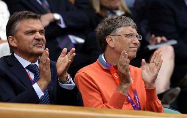 El Ceo de Microsoft fue un espectador de lujo en partido de Juan Martin del Potro y Roger Federer.
