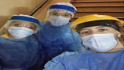 Integrantes del equipo de testeo del Hospital General San Martín.