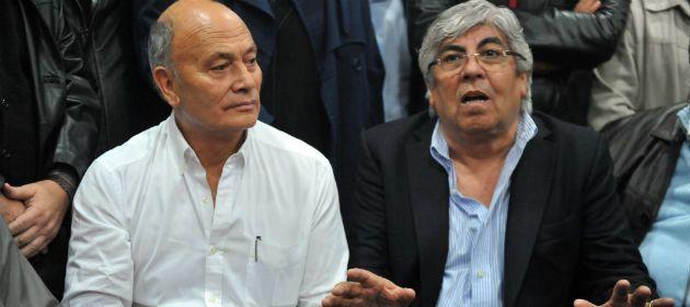 Moyano (derecha) junto al titular de Uatre