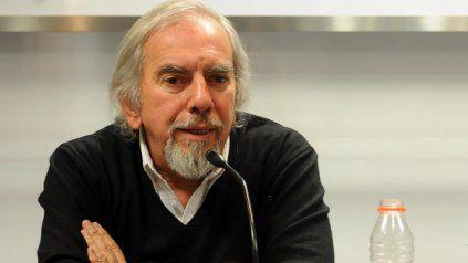 Manuel Aranda había nacido en Rosario en 1944 y aquí desarrolló una prolífica profesión artística.