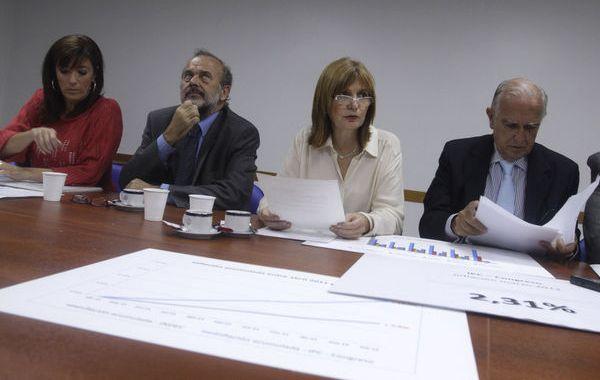 Legisladores opositores presentaron sus números en un anexo de la Cámara baja.