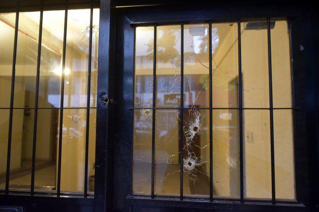 El edificio de Dorrego al 1600 donde supo vivir la jueza Marisol Usandizaga fue blanco de los tiros el 27 de julio de 2018.