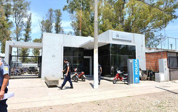 Edificio nuevo. Pero los vicios son viejos en la seccional 19ª de Seguí al 5900. (foto: Néstor Juncos)