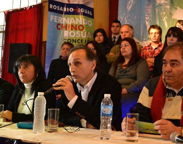 Rosúa afirma que el socialismo se fascinó con su propio discurso.