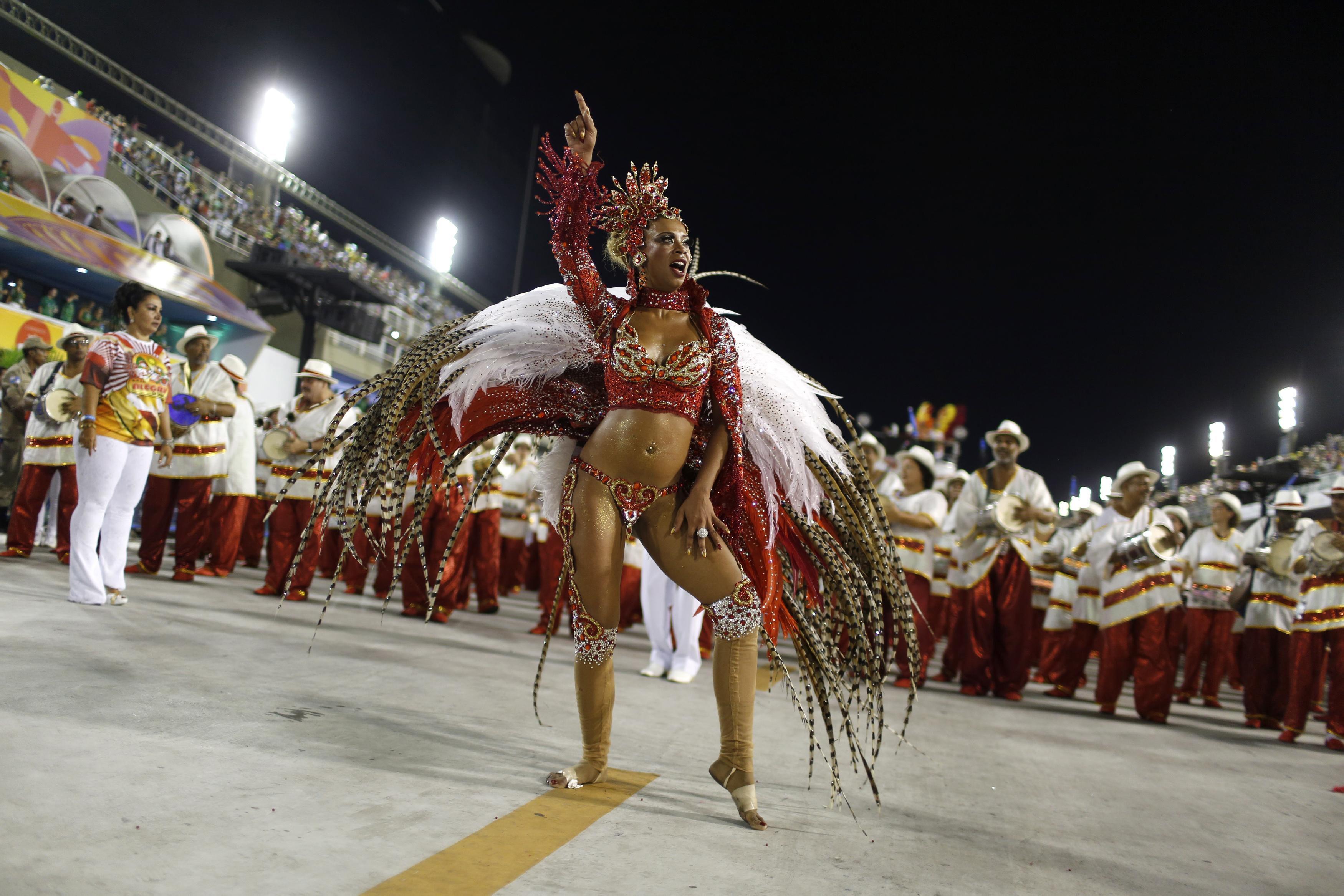 Deslumbrante. La puesta de la escuela Alegria da Zona Sul anoche en el sambódromo de Río de Janeiro.