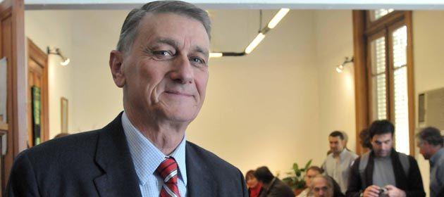 El ex gobernador santafesino reclamó conseso para afrontar la crisis internacional.