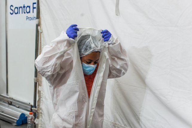 Vacunan contra el coronavirus a personas que viven en la calle en la ciudad de Santa Fe