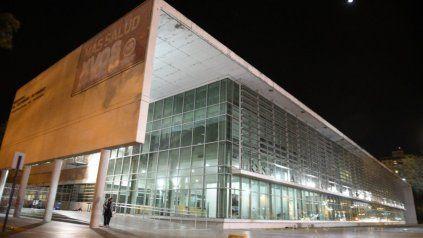 Hospital de Emergencias Clemente Alvarez, donde ingresaron anoche dos personas con heridas de bala.
