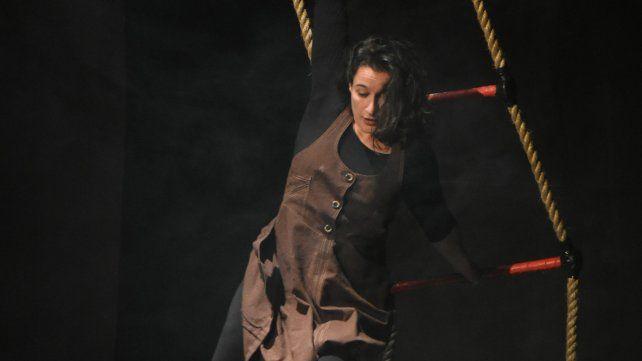 Lucía Quiroga. La artista en vivo.