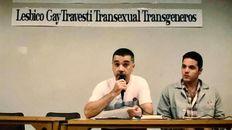 Rosario, 1996. Guillermo Lovagnini y Pedro Paradiso Sotile durante el Primer Encuentro Nacional de gays, lesbianas, travestis, transexuales y transgénero.