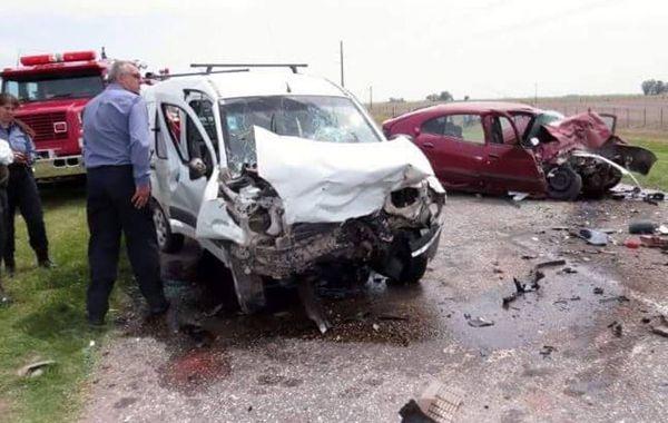 La imagen que dejó el trágico accidente. Gentileza: LT10