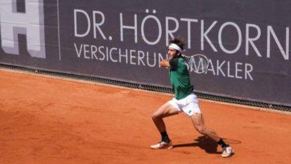 El tenista nacido platense jugará su próximo partido ante el japonés Taro Daniel.