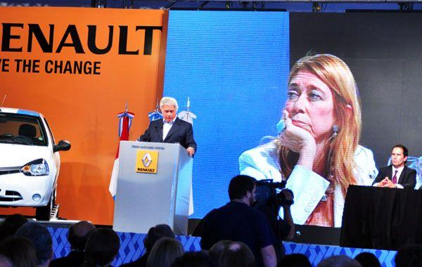 Giorgi se ofuscó con el discurso de De la Sota y se retiró intempestivamente del acto.
