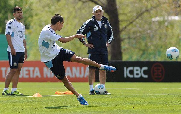 Di María y el Kun no juegan el partido ante Uruguay en el Centenario