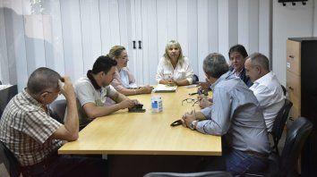 Poco más de media hora. Las partes en conflicto debatieron en el Ministerio de Trabajo de la provincia.