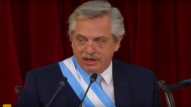 Alberto Fernández: Tenemos que superar el muro del rencor, del odio y el hambre