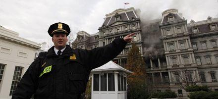 Se incendia un edifico lindero a la Casa Blanca