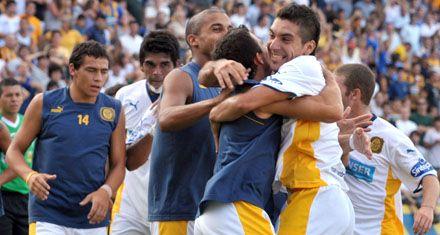 Los goles de Rivero trajeron paz a Central