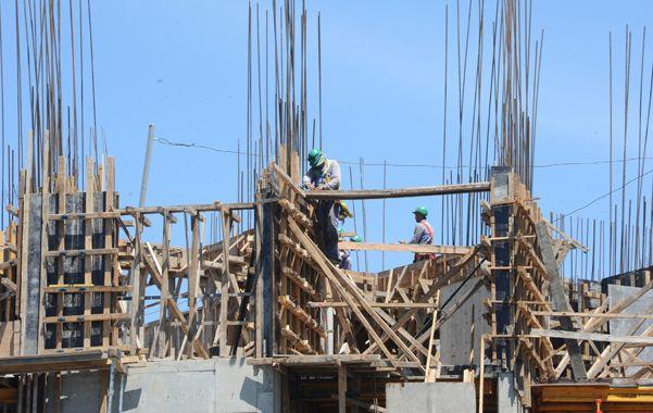 A full. La construcción se mantiene como uno de los tractores más poderosos de la actividad económica. (Silvina Salinas / La Capital)