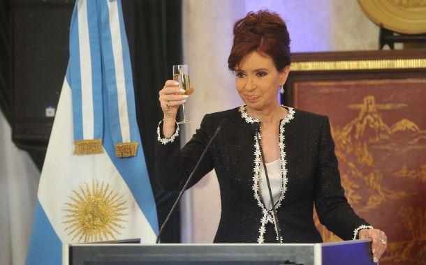 Felicidades. La elección de representantes al Parlamento del Mercosur se hará junto con las presidenciales de 2015.