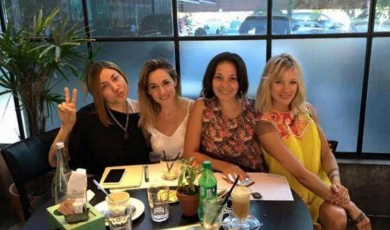 Las chicas se reunieron en un bar y anunciaron que se presentarán por ahora en único show.