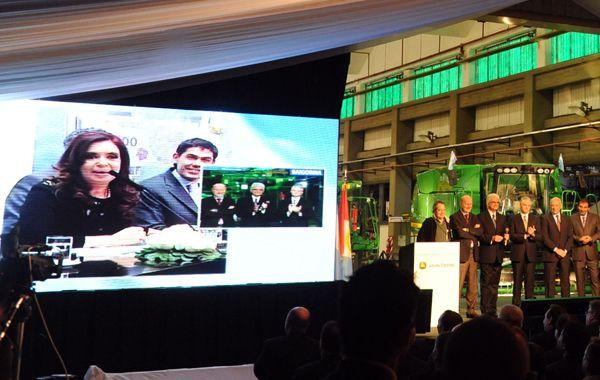 La presidenta habló con Granadero Baigorria por teleconferencia. (Foto: G. de los Ríos)
