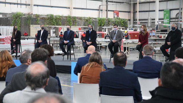 El acto de presentación del Programa Te Sumo se realizó en el Parque Industrial del partido de Almirante Brown.