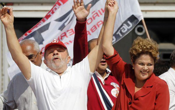 Empujón electoral. Dilma recurre al popular Lula para subir en los sondeos.