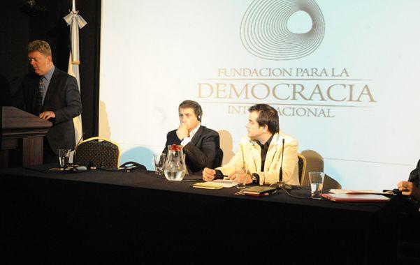 reveladoras. Las charlas se desarrollaron en el Museo para la Democracia Internacional (Palacio Fuentes).