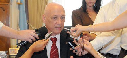 Bonfatti dijo que hay 20 mil muertos en el padrón, pero no quiso hablar de fraude