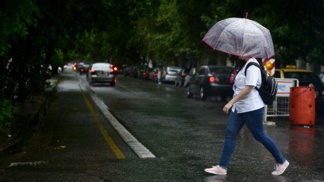 En vísperas de elecciones, el sur de Santa Fe sigue bajo alerta por lluvias