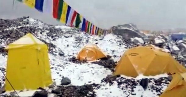 El impactante video de la avalancha en el Everest tras el terremoto de Nepal