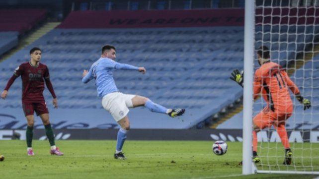 Aymeric Laporte marca para el City