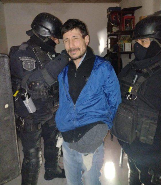 """Martín Alejandro """"Rengo"""" Cartelli, cayó preso en una pensión de la ciudad de Ramallo, a 100 kilómetros de Rosario. De la fuga de Piñero, sólo queda prófugo Javier """"Morocho"""" Mansilla."""