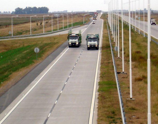 El accidente se registró en el kilómetro 397 de la autopista Rosario-Córdoba.