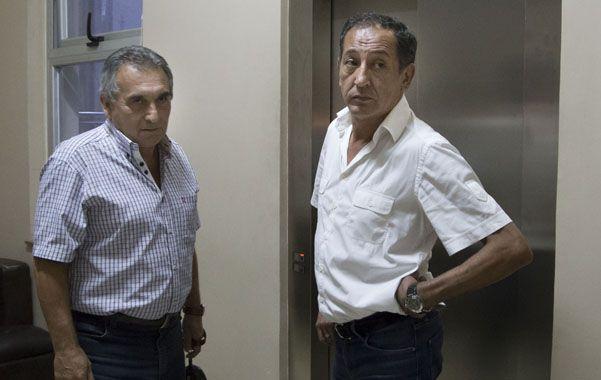 """Schmid y Maturano anunciaron que lanzarán un eslogan que reza """"Maldito impuesto al trabajo""""."""