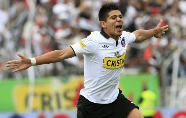 Volante con altura. El chileno espera con los brazos abiertos la posibilidad de cruzar la cordillera y jugar en Argentina.